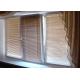 Горизонтальные жалюзи на трехстворчатое окно